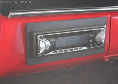 World of Wheels 1966 Ford F100 te koop radio