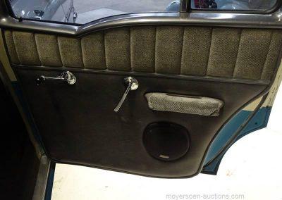 worldofwheels oldtimer chevrolet yeoman 1958 deur ra binnen